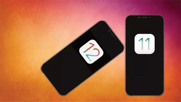 iOS 12からiOS 11.4へダウンロード